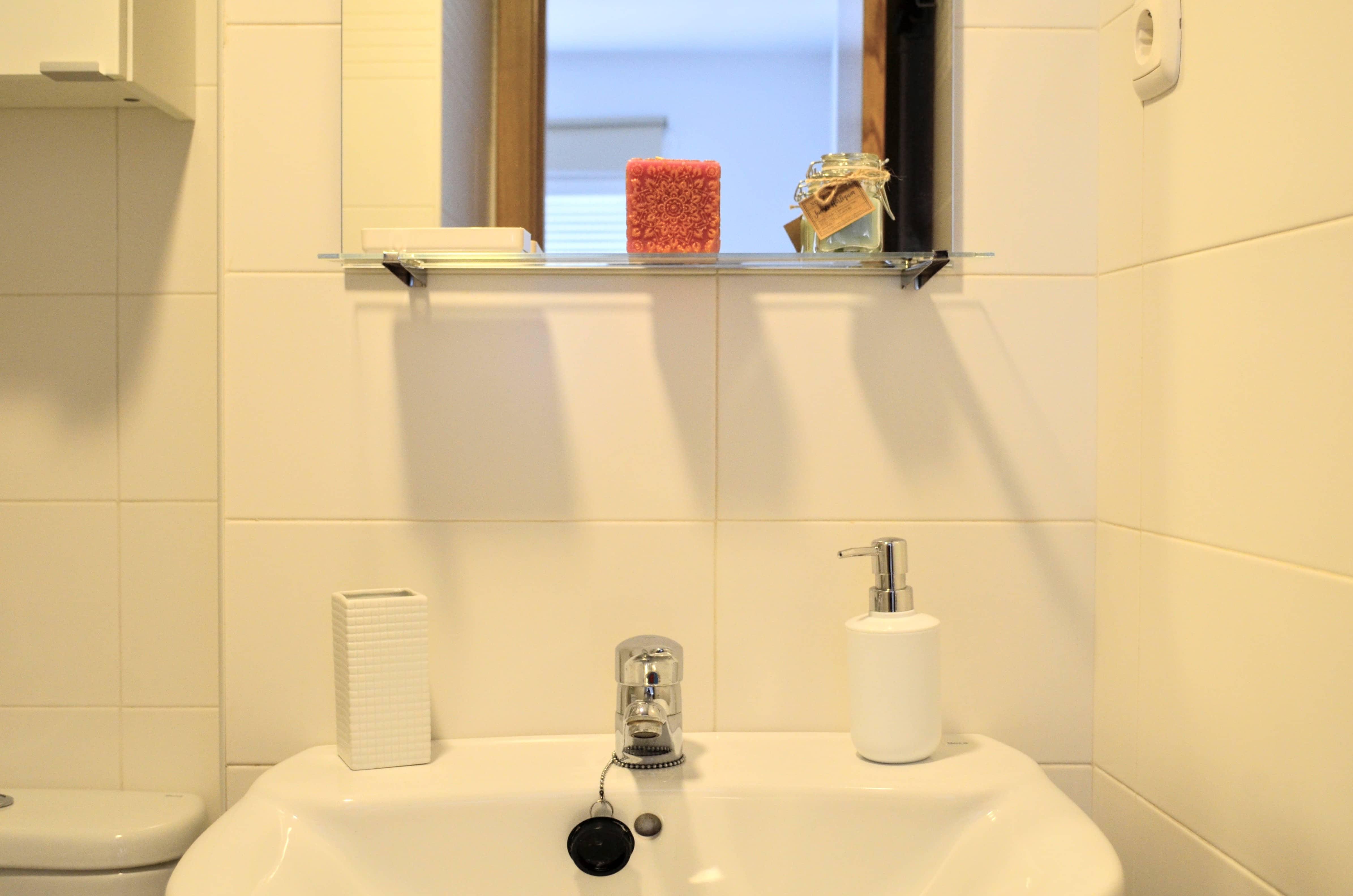 Balneario con dormitorio y terraza privada  0390