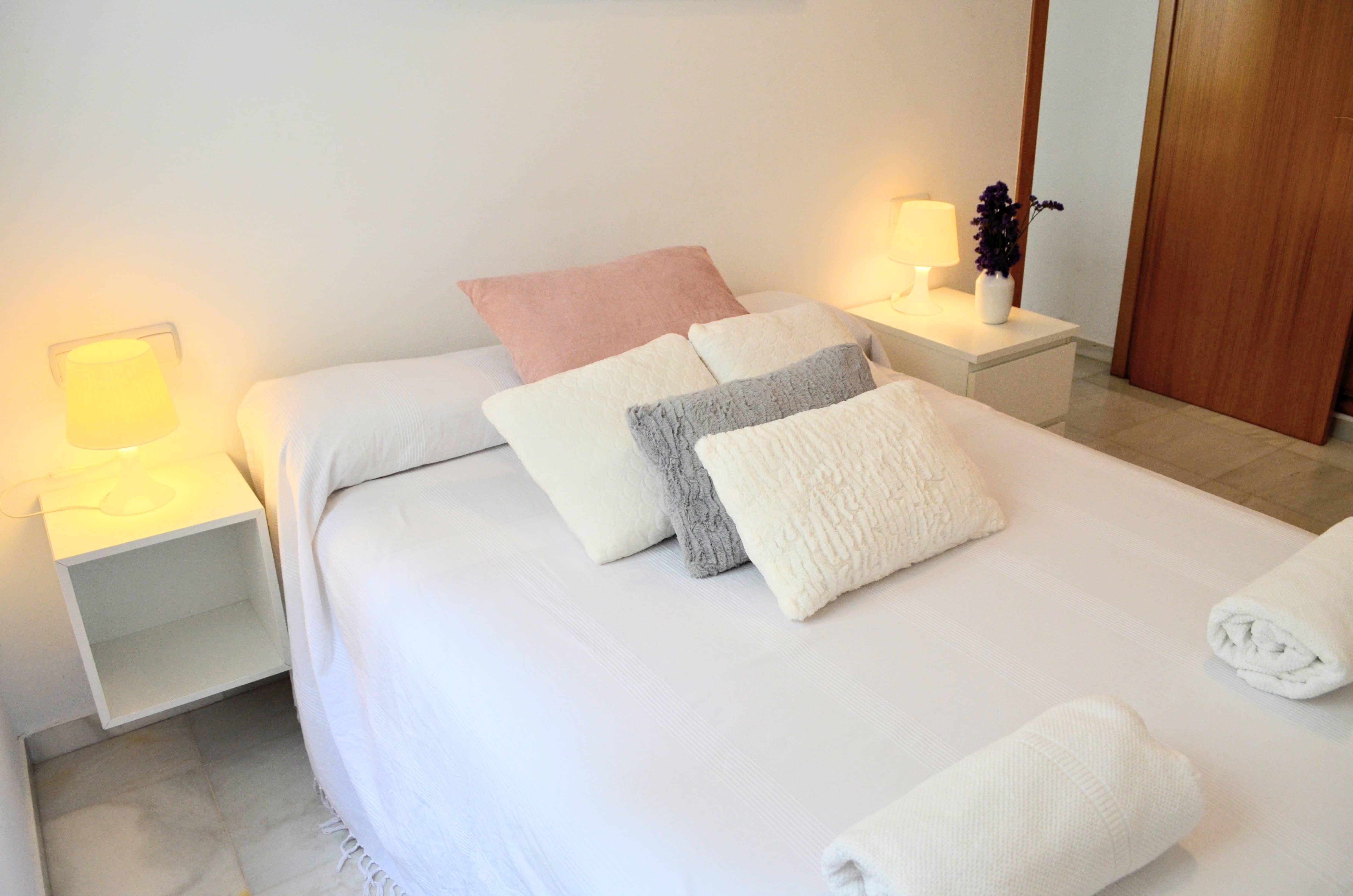 Balneario con dormitorio y terraza privada  0419